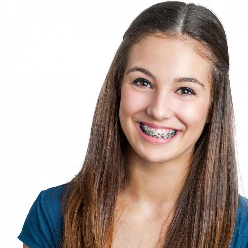 看到牙齿不开心牙齿整形助你实现美牙梦